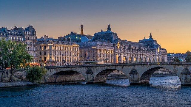 DEUTSCHE IN PARIS – LEBEN & ARBEITEN IN DER STADT DER LICHTER