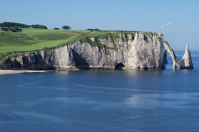 Die Felsen von Etretat in der Normandie