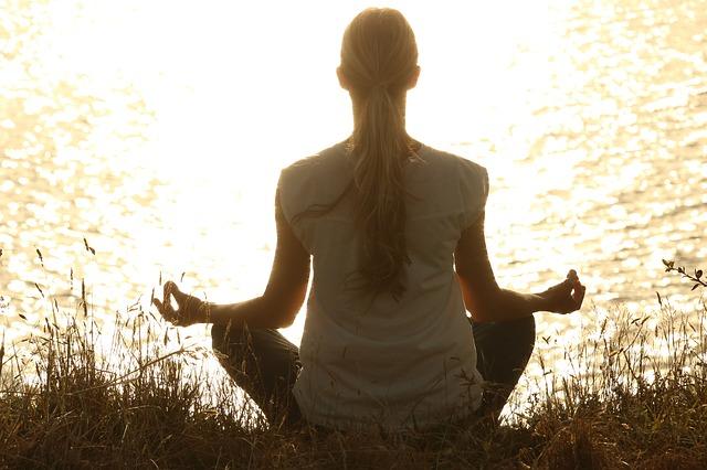 Meditieren um in Frankreich klar zu kommen